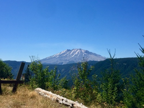 Mt St Helens on a wonderful clear day